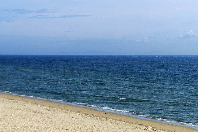 綺麗な夏の海を保とう